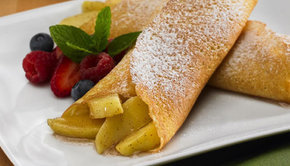 http://static.fustany.com/images/ar/content/staff_picks_image_Apple-Crepe-Recipe-main-image-fustany.jpg