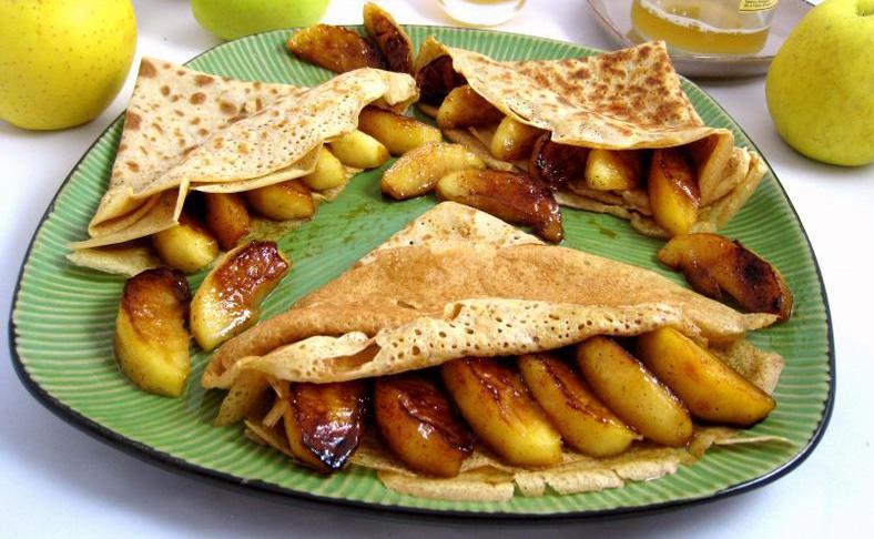 http://www.majalatouki.com/content/uploads/2011/04/crepes-aux-pommes-a-la-bretonne-760591.jpg