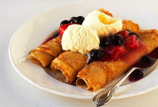 https://carnation.com.au/wp-content/uploads/2014/05/french-crepes-with-berries-featured-image.jpg