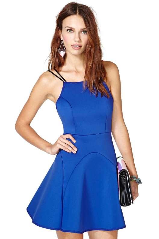 بالصور اخر موديلات الفساتين بالاسواق , ارقى ملابس حديثة بالسوق 20160626 27