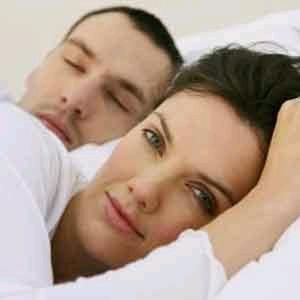صورة ماذا افعل مع زوجي في الفراش لكي اسعده