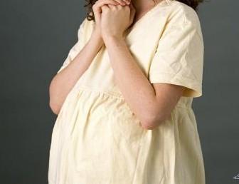 صورة هل الم الظهر من علامات الحمل المبكره