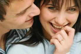 صور كيفية تعامل الزوجة مع زوجها في الفراش , وكيفيه الاغراء