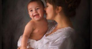 موضوع عن يوم الام وفضلها على الابناء