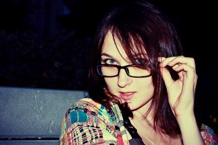 بالصور صور بنات لابسين نظارات كيوت 20160704 79