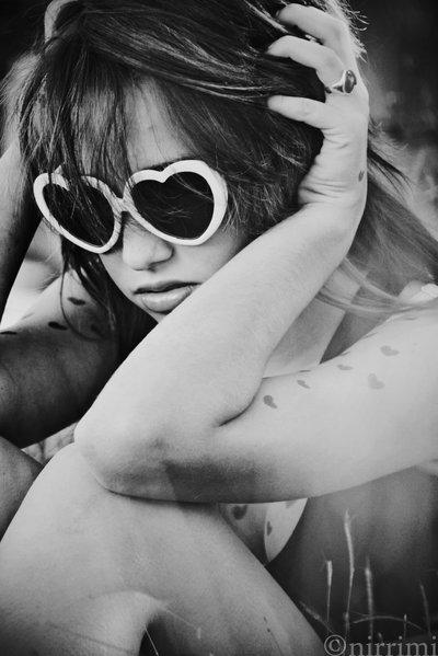 بالصور صور بنات لابسين نظارات كيوت 20160704 81