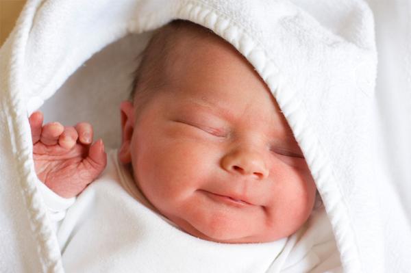 بالصور دعاء المولود الجديد حصن المسلم 20160714 17