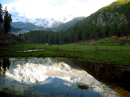 صور اين تقع جبال الهملايا
