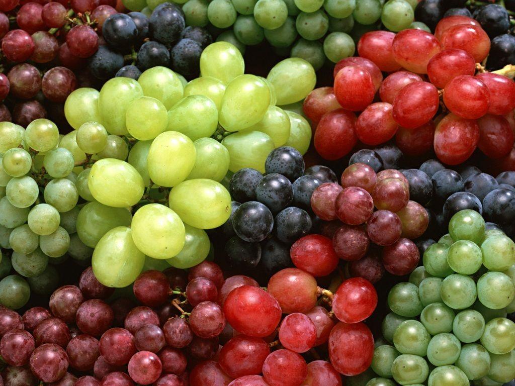 صوره فوائد واضرار العنب للحامل فائدة العنب للحامل