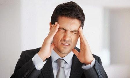 صور لماذا يصاب بعض الاشخاص بصداع الراس عند التفكير