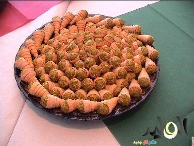 حلويات جزائرية  للعيد ألفطر 2018 بالصور تحضير حلويات جزائريه