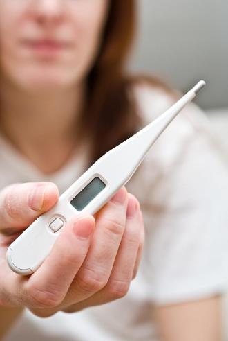 صور اشتهاء الاطعمة وانتفاخ في البطن من علامات الحمل , اعراض الحمل قبل الدورة