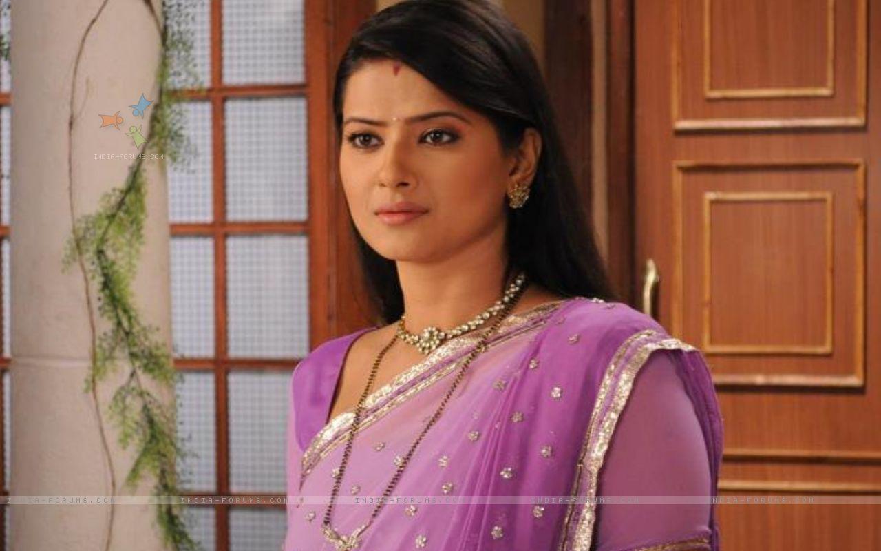 Kratika Sengar as Aarti 216683 size:1280x800