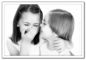 صور كلام حب للاصدقاء , اجمل تعبيرات الحب للاصدقاء