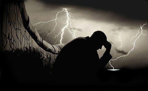 صوره قصيدة عن الهم والحزن هذه من اروع القصائد الحزينة