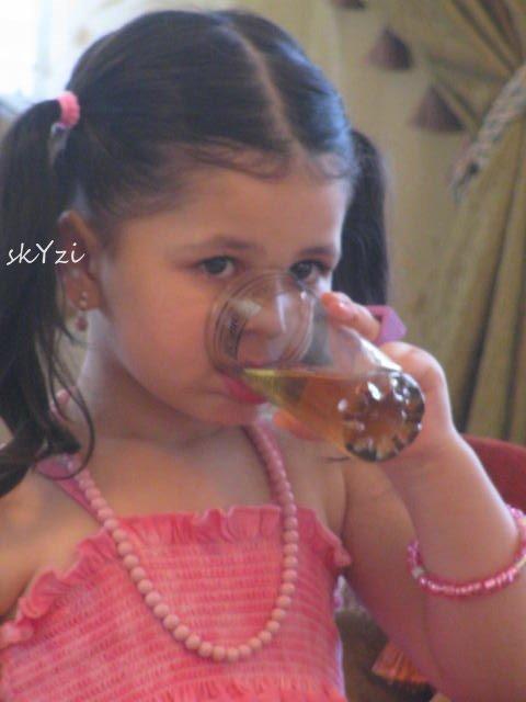 صوره صور لين , نجمة نجوم الطفال