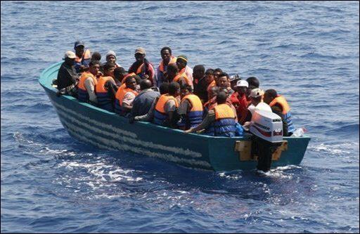 صوره موضوع عن اسباب الهجرة