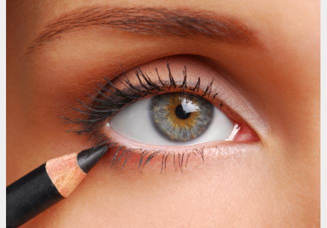 كيفية كحل العيون | نوعيات اليلاينر و الكحل على الجفون و داخل العين
