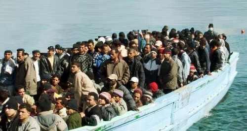 صوره انشاء حول الهجرة السرية