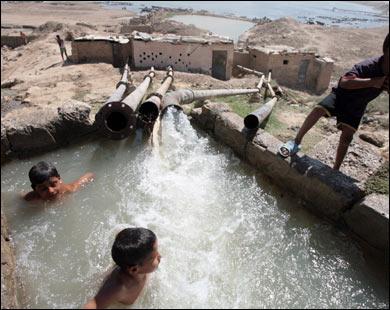 صور اسباب تلوث والماء