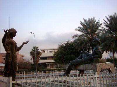 صوره موضوع دع عنك لومي ابو نواس