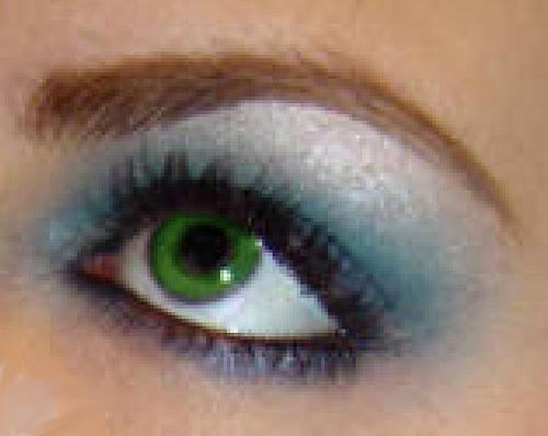صور كلمات عن العيون الخضراء