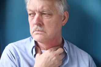 صورة اعراض الغدة الدرقية وعلاجها