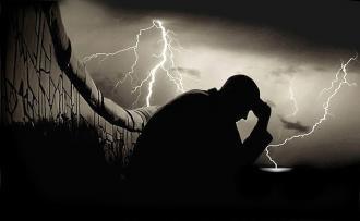 صوره امثال وحكم الحزن والدموع