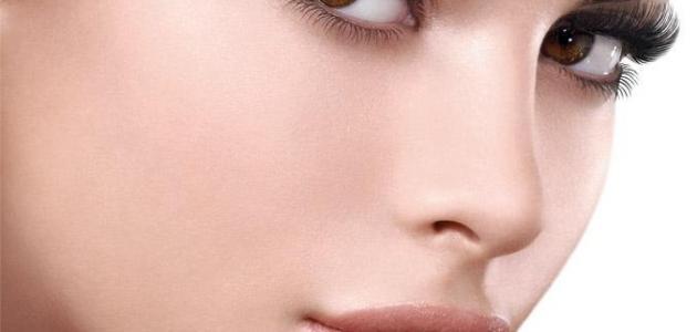صور كيفية عمل حسنة في الوجه بالمكياج