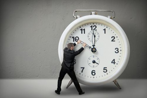 صورة موضوع تعبير عن الساعه واهميه تنظيم الوقت