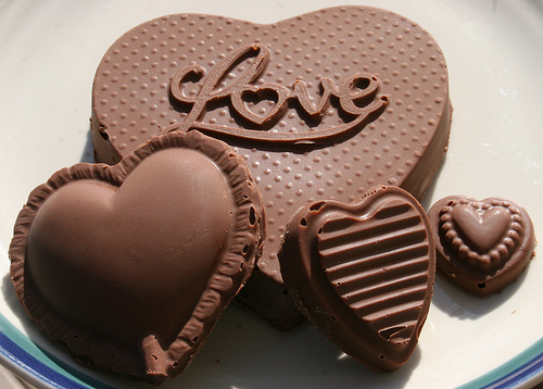 صورة صور الشوكولاته باشكال الحب