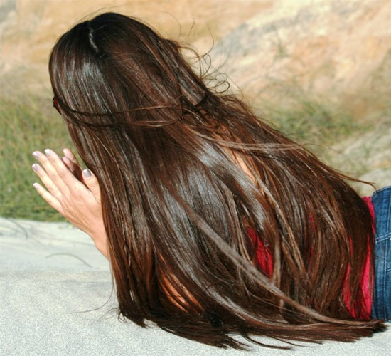 صور اسرع طريقة بالثوم لتطويل الشعر