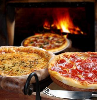 صور طريقة تحضير البيتزا