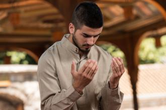صوره المحافظة على اداء الصلاة فى اوقاتها