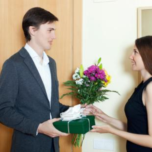 """8 طرق رومانسية و مميزة لتقول لها """"حبك"""""""