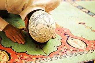 صور بيت شعر عن الصلاة