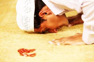 صورة بيت شعر عن الصلاة