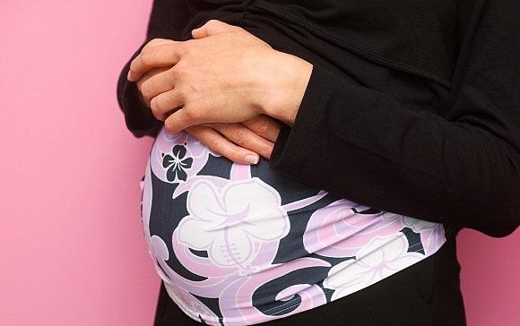 صورة التعرف على افرازات الحمل