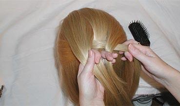 كيفية ضفائر الشعر بالصور ضافير للفتيات الموضة 2021