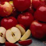 من فوائد التفاح على الصحة يساعد على اطالة الشعر