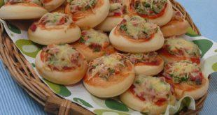 عجينة البيتزا منال العالم , وصفة فطائر البيتزا وطريقة عملها