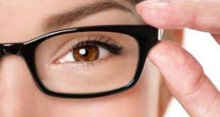 الاكتحال بالعسل لضعف البصر