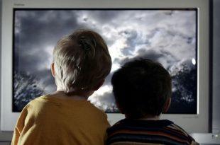 صور فوائد واضرار مشاهدة الافلام