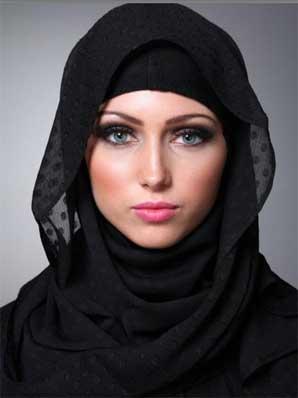 بنات جميلات بالحجاب