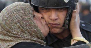صورة موضوع تعبير عن رجال الشرطة