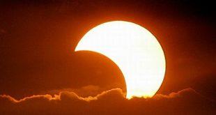 صور دعاء خسوف الشمس