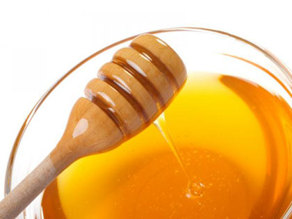 صور علاج حب الشباب بالعسل
