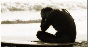 صورة صوره ولد حزين جداا