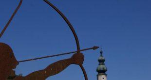 صور برج القوس يتفق مع اي برج