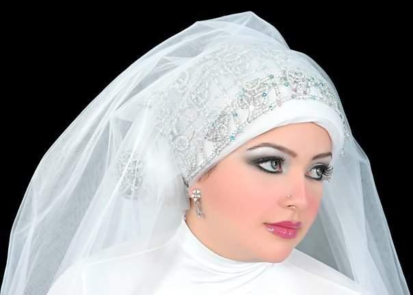 بالصور احدث لفات طرح زفاف 2019 , لكل عروسة تحب الابداع في الزواج والتميز 20160803 1302